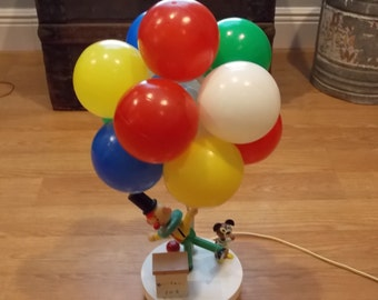 Vintage 1972 the dolly toy co. circus clown table lamp with ballons