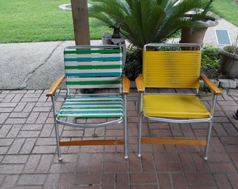 2 vintage Mid Century Modern Telescope Folding Lawn Chair Wood Rest yellow Tube