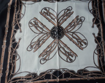 REDUCED - French vintage decorative scarf (03193)