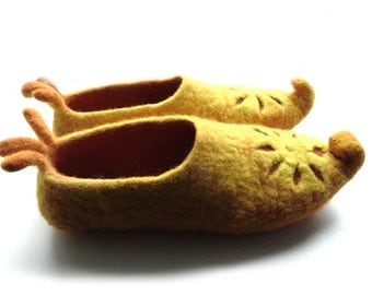 Wool Felt slippers- ecological with floral ornament-yellow color Slippers-Women Home Shoes, 100% Wool Winter Shoes,made to order