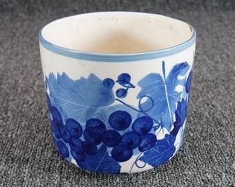 Designpac Handpainted Ceramic Canister