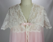 Vintage 1960s Robe and Nightgown with Lace- Lovely Peignoir in Pink