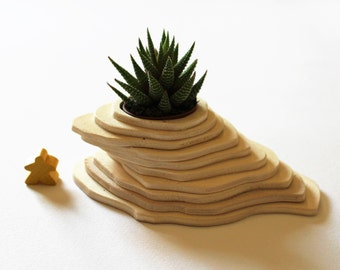 Little Mexico Planter, landscape realized with plywood layers, zen garden
