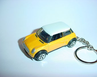 3D Mini Cooper custom keychain by Brian Thornton keyring key chain finished in yellow color racing trim diecast metal body union jack