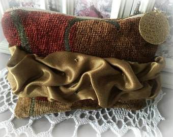 Vintage Inspired Rouched Makeup Pouch