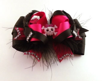 Stacked Boutique Hair Bow - Skull & Crossbones Boutique Hair Bow