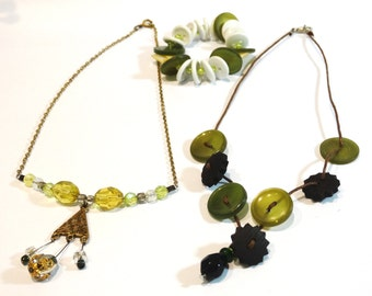 Vintage Button Bracelet and  Necklace Set