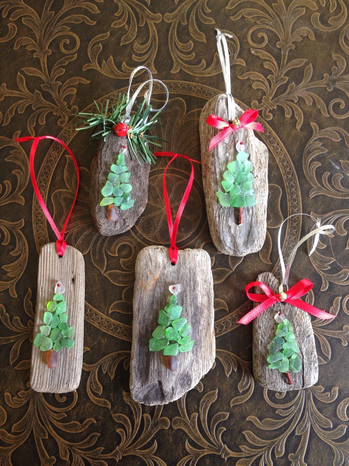 Green sea glass driftwood holiday christmas tree ornament for How to make a hanging driftwood christmas tree