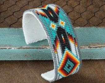 native american jewelry, navajo jewelry,native american beadwork,native american beaded jewelry,navajo bracelet, Navajo Beaded Bracelet