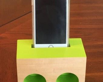 iPhone speaker/Passive amplifier
