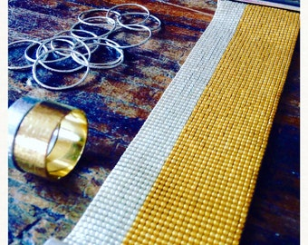Bracelet Manchette  Perles de rocailles Miyuki Tissées / collectionELETTRA/Modèle Bleu cobalt/argent/blanc