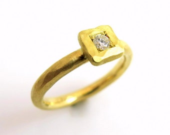 Rustic engagement ring, Square engagement ring, 18k gold ring, Diamond engagement ring, Hammered engagement ring, unique engagement ring