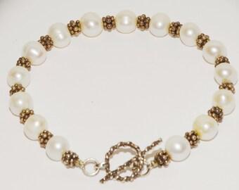 "Vge Sterling Freshwater Pearls W/ Sterling Silver Spacers 7.5"" Long Pearl Bracelet."