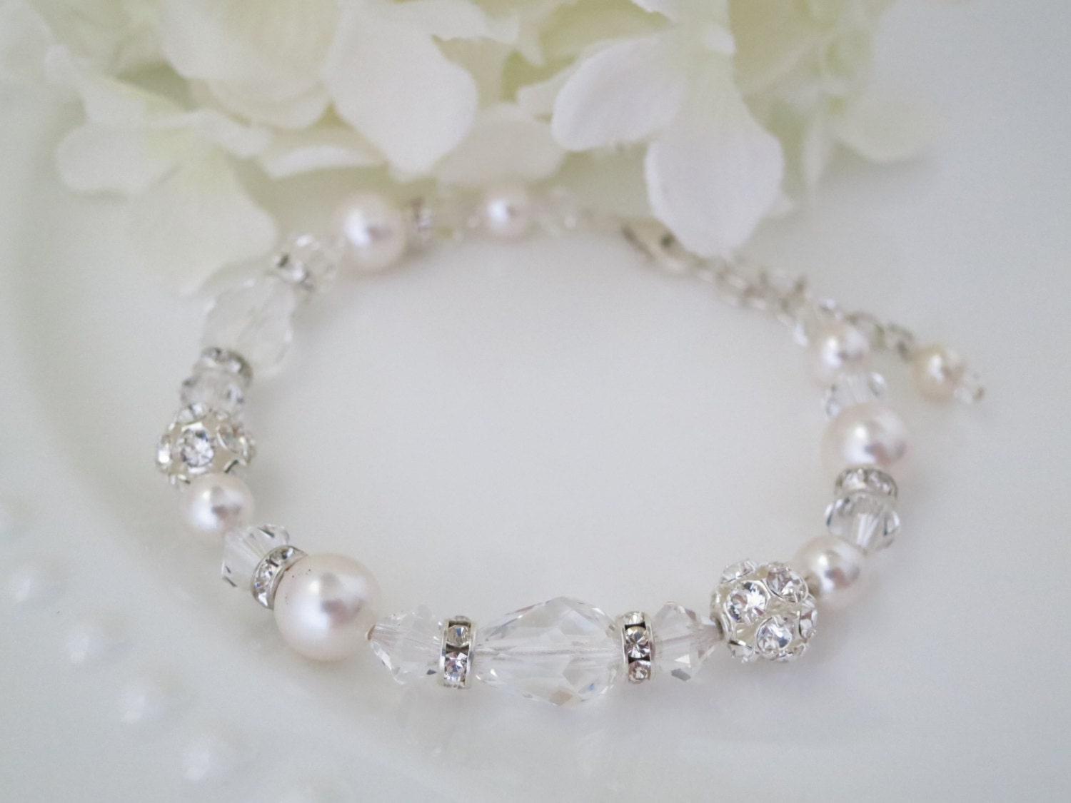 Crystal teardrop bridal bracelet, Swarovski crystal and pearl wedding bracelet, Simple classic style bracelet