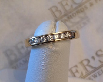 Vintage 14k yellow gold 7 Round Diamond Channel Set Wedding Band, 3mm wide, .21 tw GH-SI2-I1, size 6.25