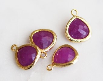 A2-005-G-MGJ] Magenta Jade / 10mm / Gold plated / Glass Pendant / 2 pieces