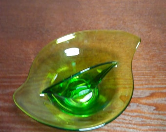 Vintage Viking Dish Mid Century Modern Green Glass Divided Relish Viking Dish Art Deco Viking Epic Art Glass Dish Retro Viking Dish