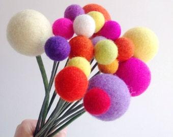 Felt Ball Flowers, Felt Ball Bouquet, Billy Balls, Craspedia, Pom Pom Flowers, Modern Flower Arrangement, Anniversary Gift, Wool Anniversary