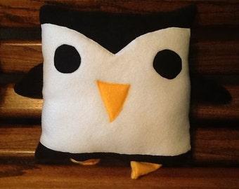 Kawaii Penguin Pillow / Gunter Pillow
