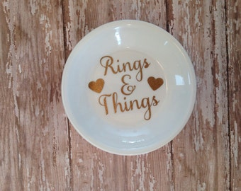 Jewelry dish with glitter vinyl--price includes shipping