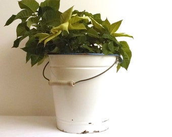 Vintage Enamel Bucket Large White Handled Rustic Graniteware Enamelware Milk Container Metal Planter Cottage Kitchen Garden Farmhouse Decor