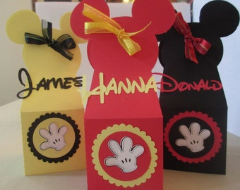12 Mickey Mouse favor box, personalized with name