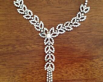Stunning Vintage Clear Rhinestone Flower and Leaf Necklace - Wedding 0353