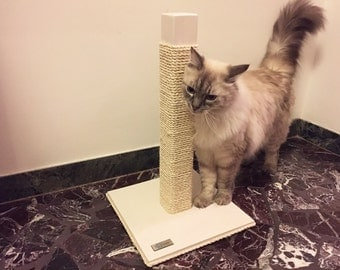 SCRATCH WHITE - Wooden scratching post - Furniture for cats
