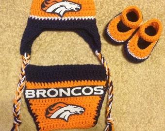 Crochet Denver Broncos baby outfit.