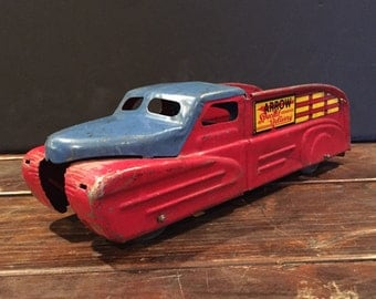 1950's Marx Arrow special Delivery toy tin truck