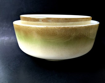 Set of Two Federal Glass Nesting Bowls. Mid Century Green and Gold Fade Finish Glass Bowls.