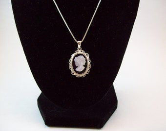 Elegant ~ Sterling Silver 925 Cameo Necklace 18""