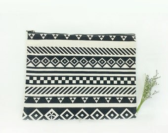 Ethic mood pouch, pattern pouch, tribal pattern pouch. eco pouch, canvas pouch, cosmetic pouch