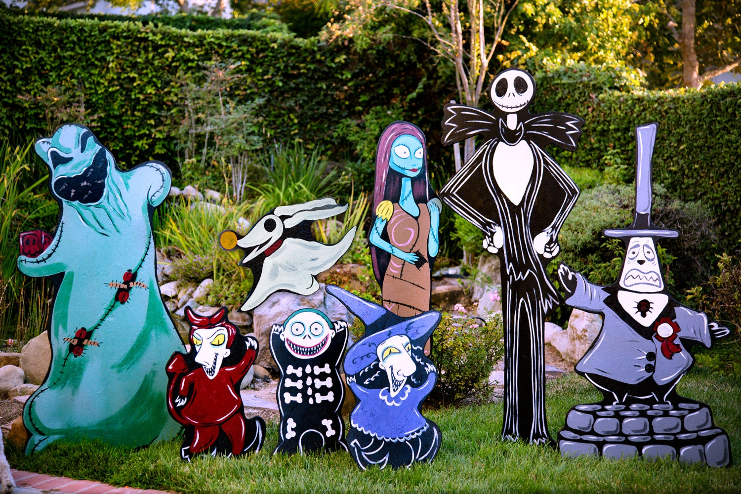 Nightmare before christmas lawn decorations for Christmas yard decorations