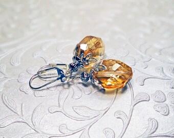 Pink Victorian earrings, Salmon pink Czech glass Edwardian earrings,  Romantic pink earrings, Elegant salmon pink Czech glass earrings