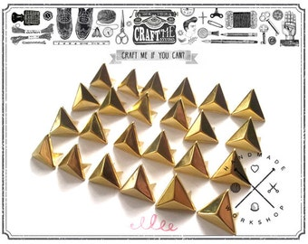 50PCS 12MM GOLD TRIANGLE pyramid studs Glam rock biker NAILHEADS Leathercraft
