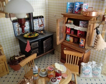 Boxes of food and cleaning in miniature House dolls boxes dollhouse 1:12