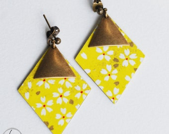 Earrings diamond in Japanese paper