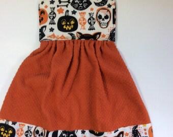 Halloween Retro Vintage Looking Hanging Hand Towel