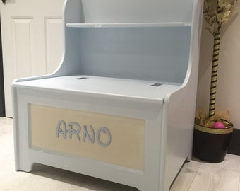 Hand made personalised toybox with built in bookshelf