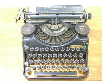 Underwood Champion // Working Typewriter // Working Underwood Typewriter // Underwood Typewriter