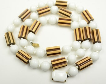 """Castlecliff Lucite and Acrylic Beaded Necklace—32"""""""