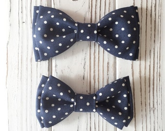 Navy polka dot bow tie - Daddy and son - Brothers matching piece - custom bowties - Navy bowtie - dog bow tie