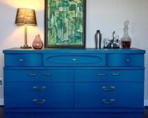 Basset, Mid Century, Vintage, Dresser, Sideboard, Annie Sloan, chalk paint, Aubusson Blue, Antique, bedroom, living room