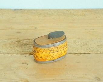 Vintage snuff box birch bark.Swedish birch bark box.Storage box.Collectible.Tobacciana.Box with lid.Home decor.Swedish folk art.Handmade