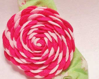 vintage brooch, ric rac rose, rick rack rose, hand-made, pink and white