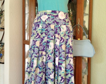 Vintage 1980's Laura Ashley Floral Skirt * Size Medium * White Morning Glory