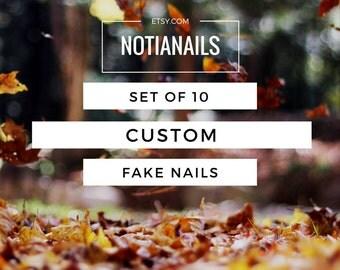 Set of 10 CUSTOM fake nails. Stiletto / Rounded / Square. Matte or Glossy false nails.