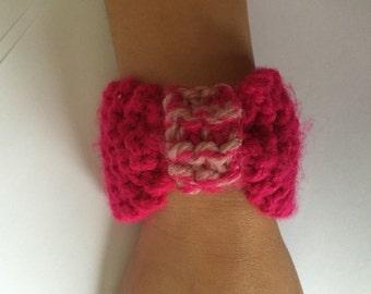 Cuff bracelet pink, neon pink