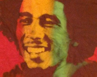 Bob Marley Reggae Classic Rastafarian Red T Shirt Men's Small